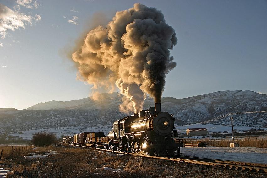 Winter-Scene-Steam-Engine